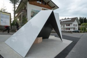 Angular-Metal-Bus-Stop-in-Krumbach
