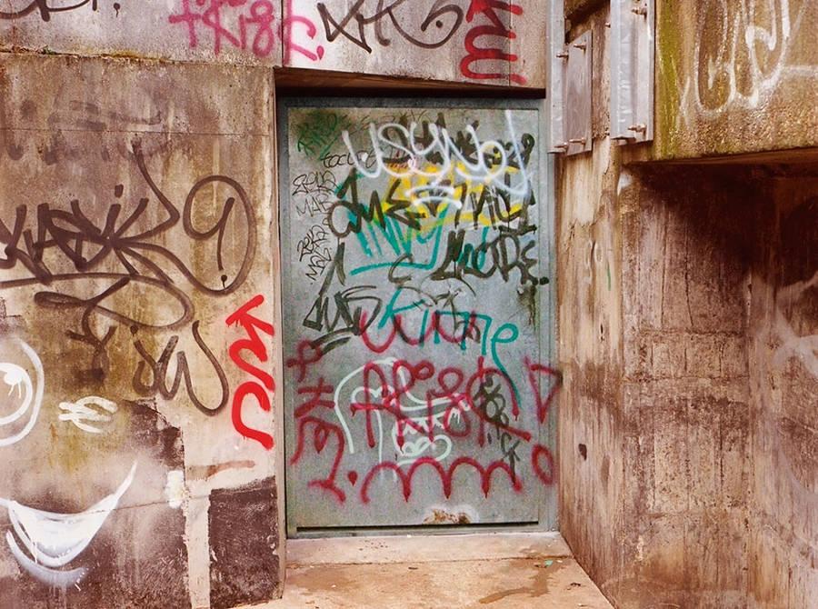 graffitilegible11-900x670