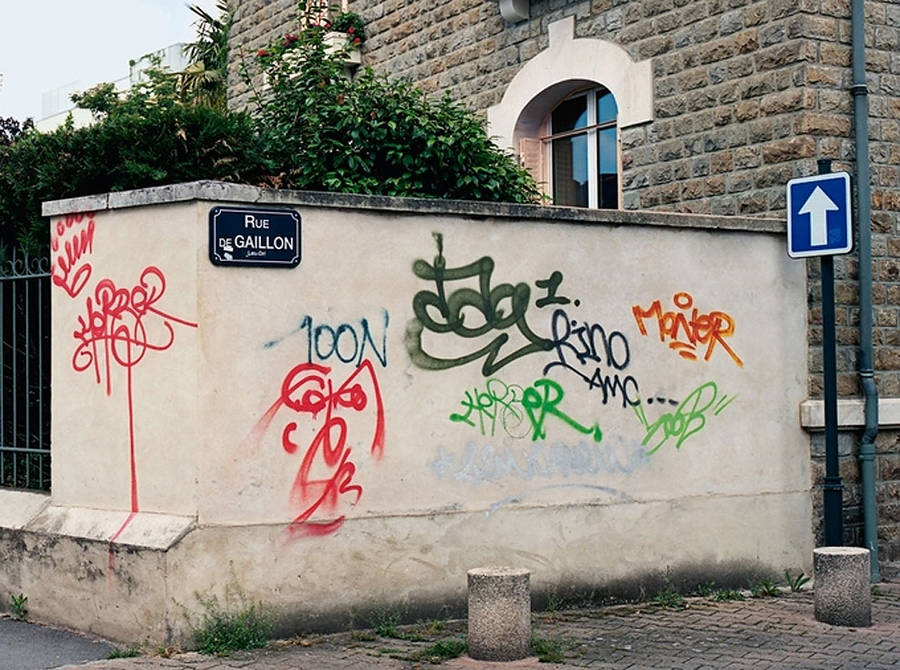 graffitilegible2-900x670