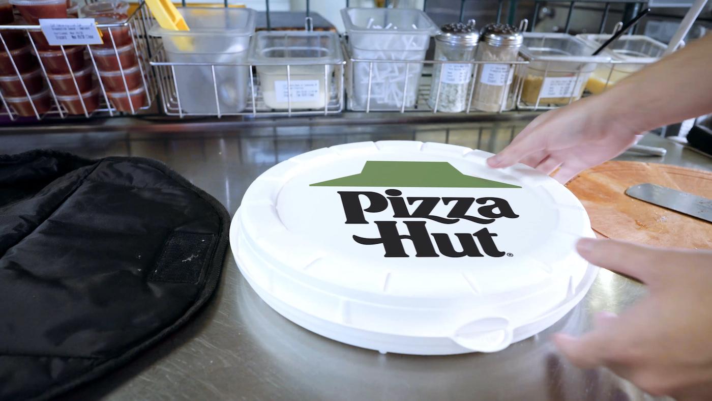 Pizza Hut wprowadza ekologiczne opakowania