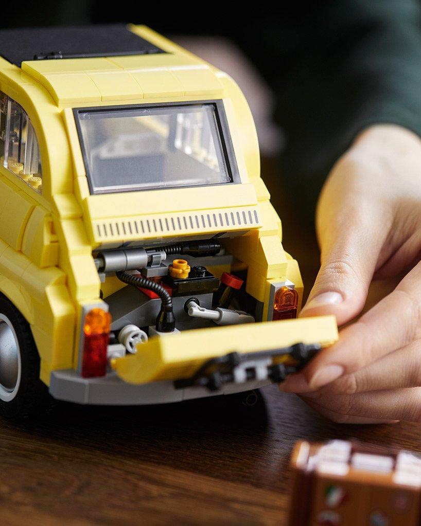 Fiat z klocków LEGO