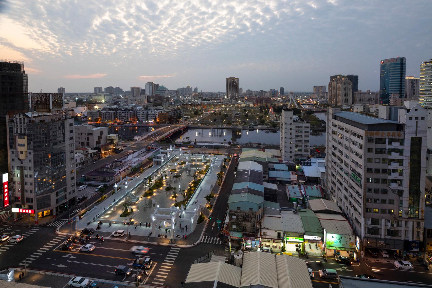 MVRDV zmieniło opuszczone centrum handlowe