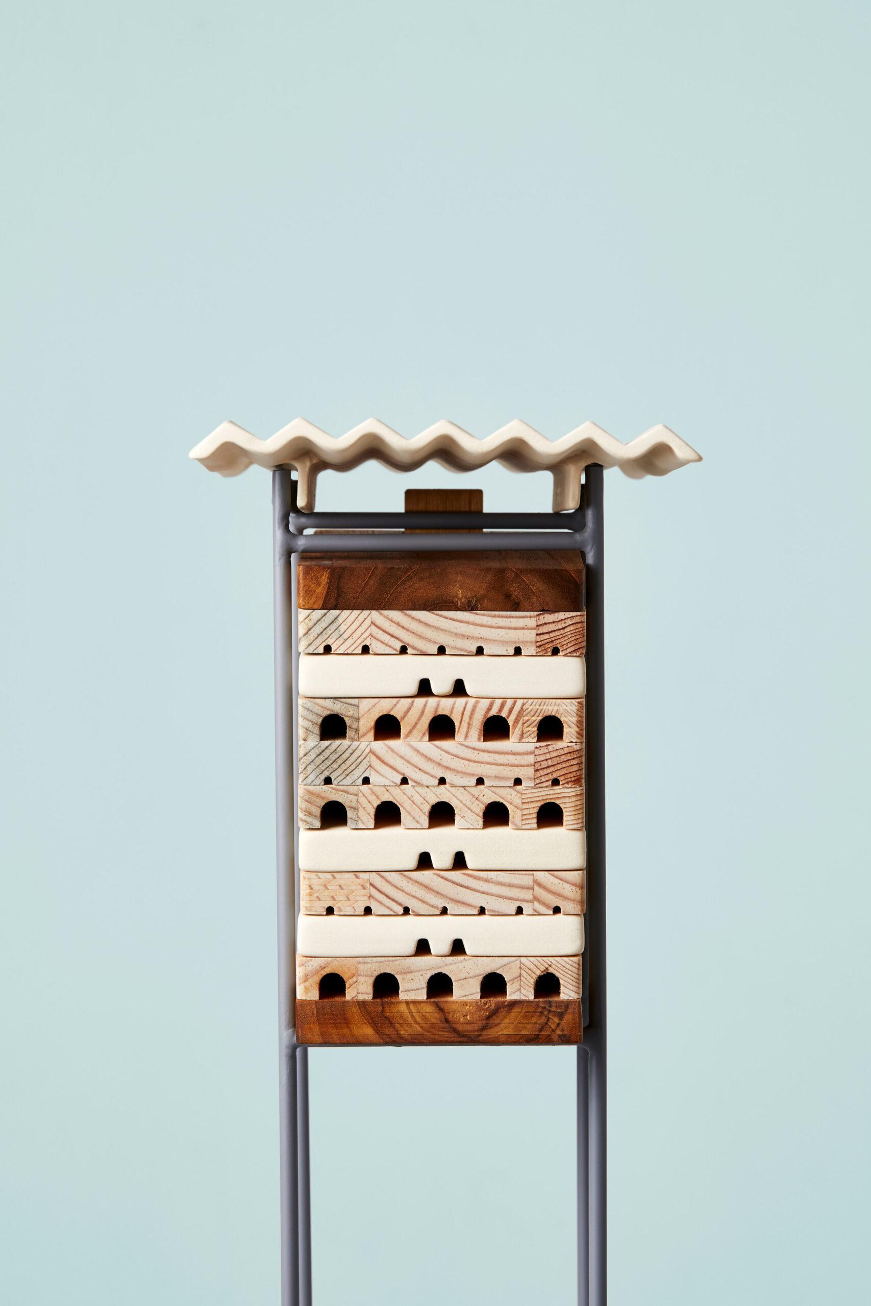 Karmnik, poidełko i hotel dla owadów