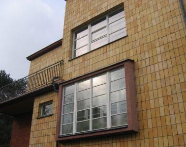 modernistycznych okien