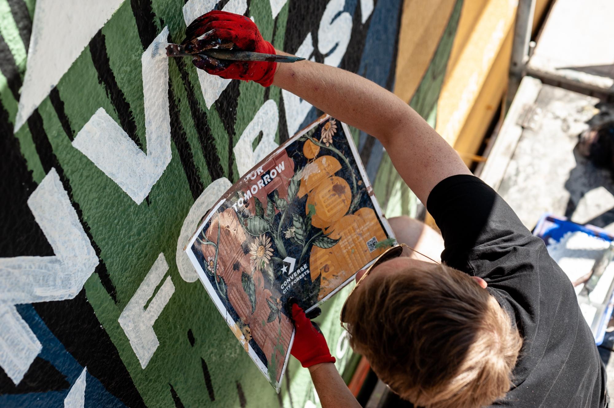 mural oczyszcza powietrze