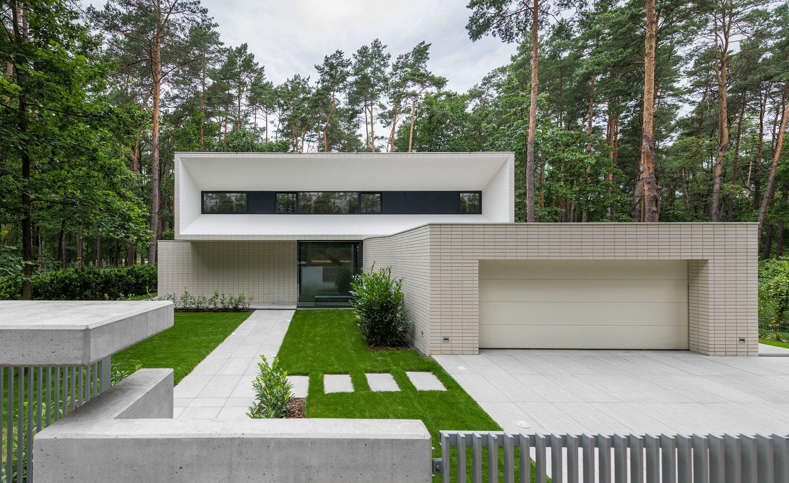 dom Warszawą