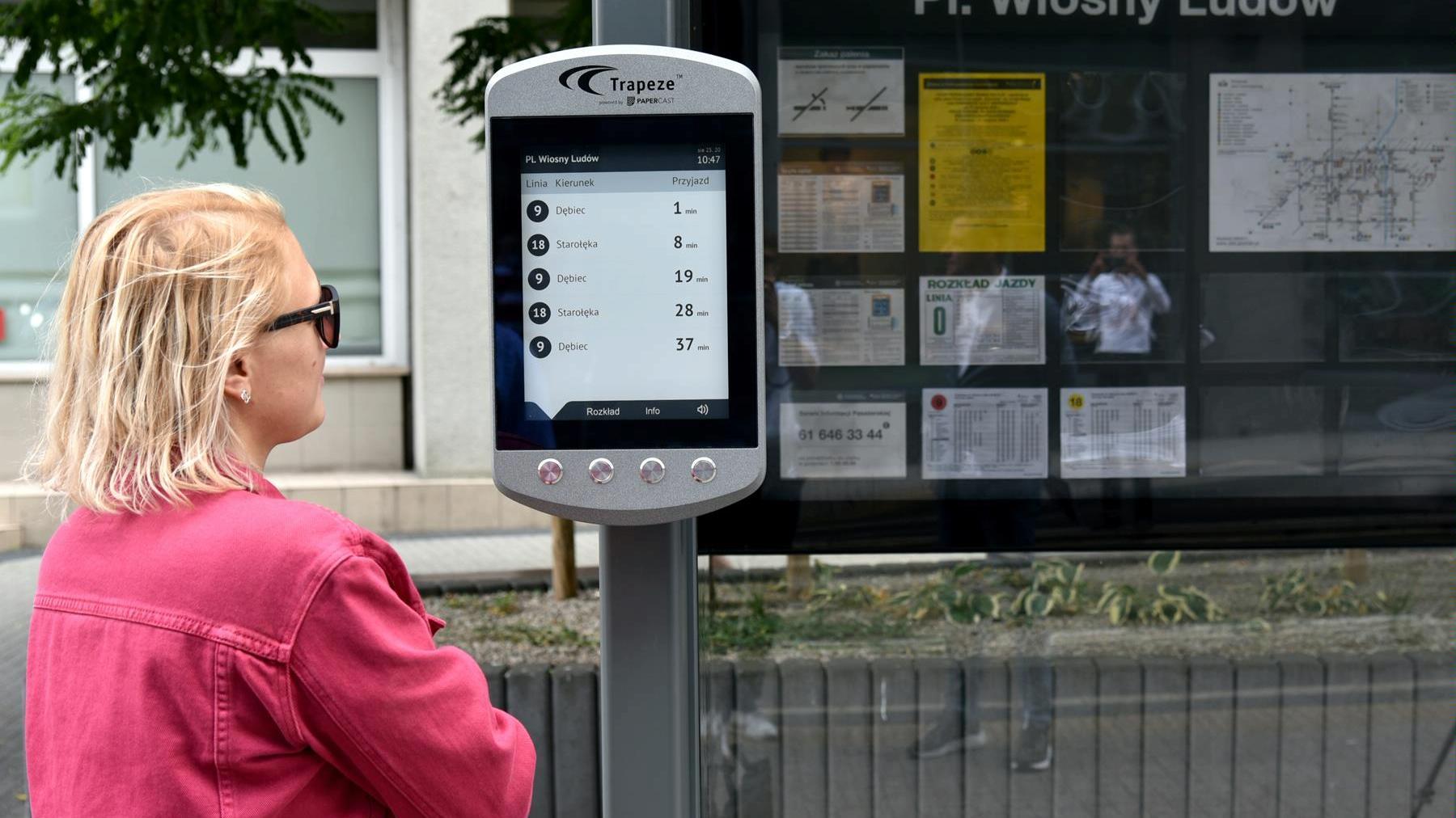 rozkład jazdy na e-papierowym