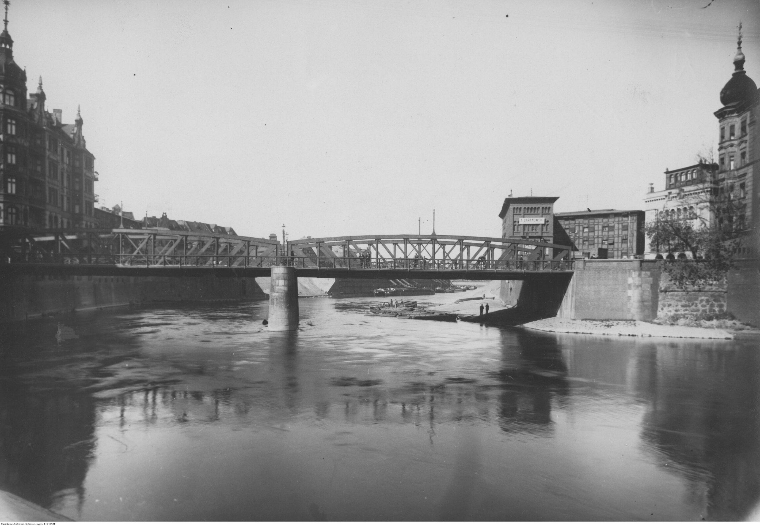 Nieistniejące w Poznaniu: Most Chwaliszewski i dawne koryto Warty