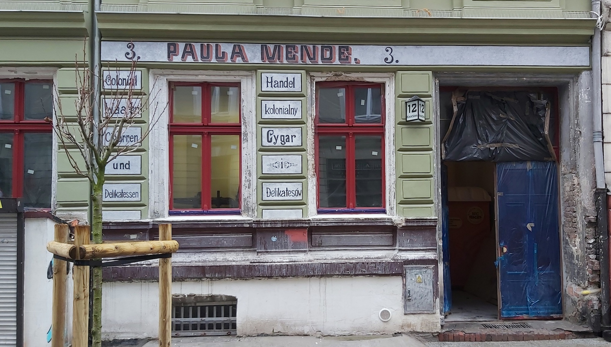 w Poznaniu odnowiono przedwojenne napisy