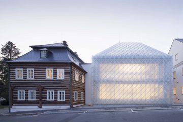 budynek szkłem