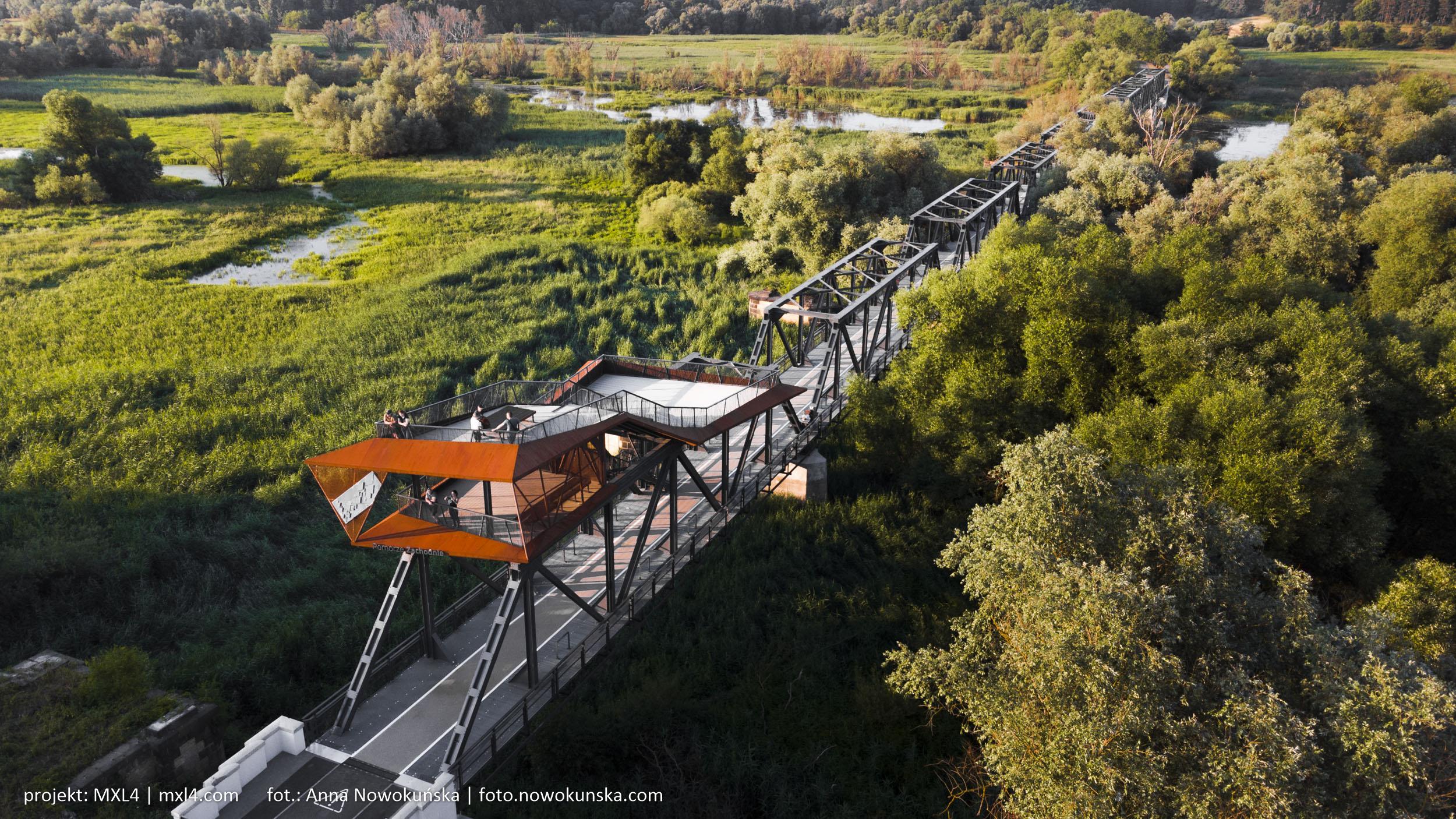 most w siekierkach