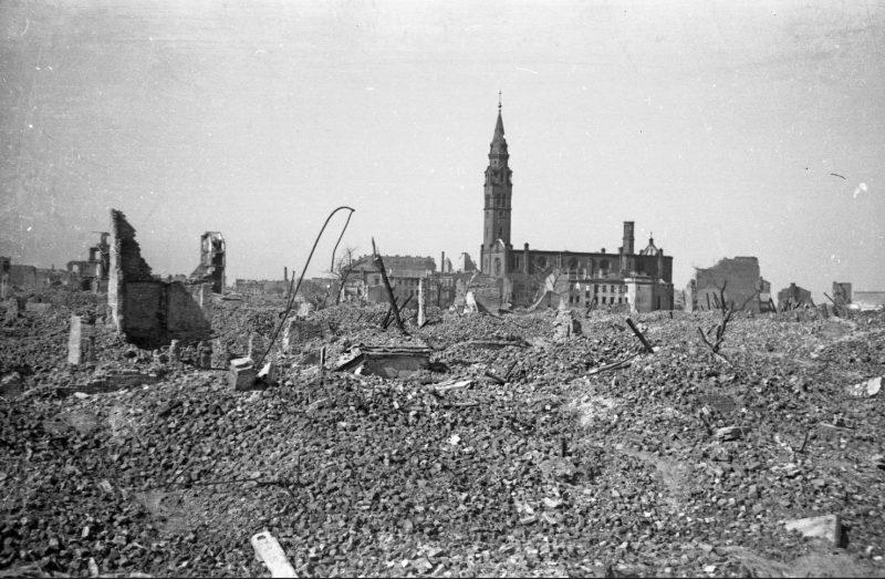 Zniszczenia wojenne Warszawy